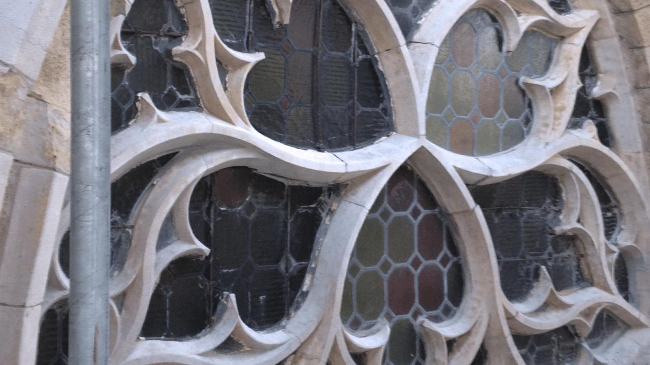 Prodim Bent Glass-Branche Lösungen – Denkmäler